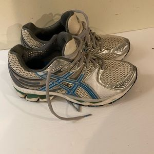 ASICS IGS soft top duomax gel cayano  shoes 7.5